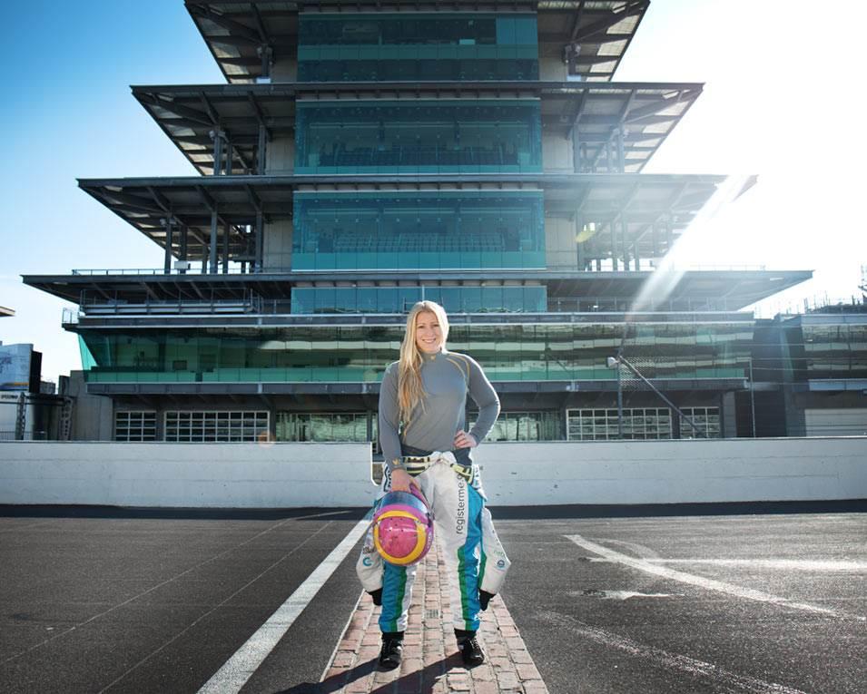 Pippa Mann - Indy Car Racer and Walero Brand Ambassador